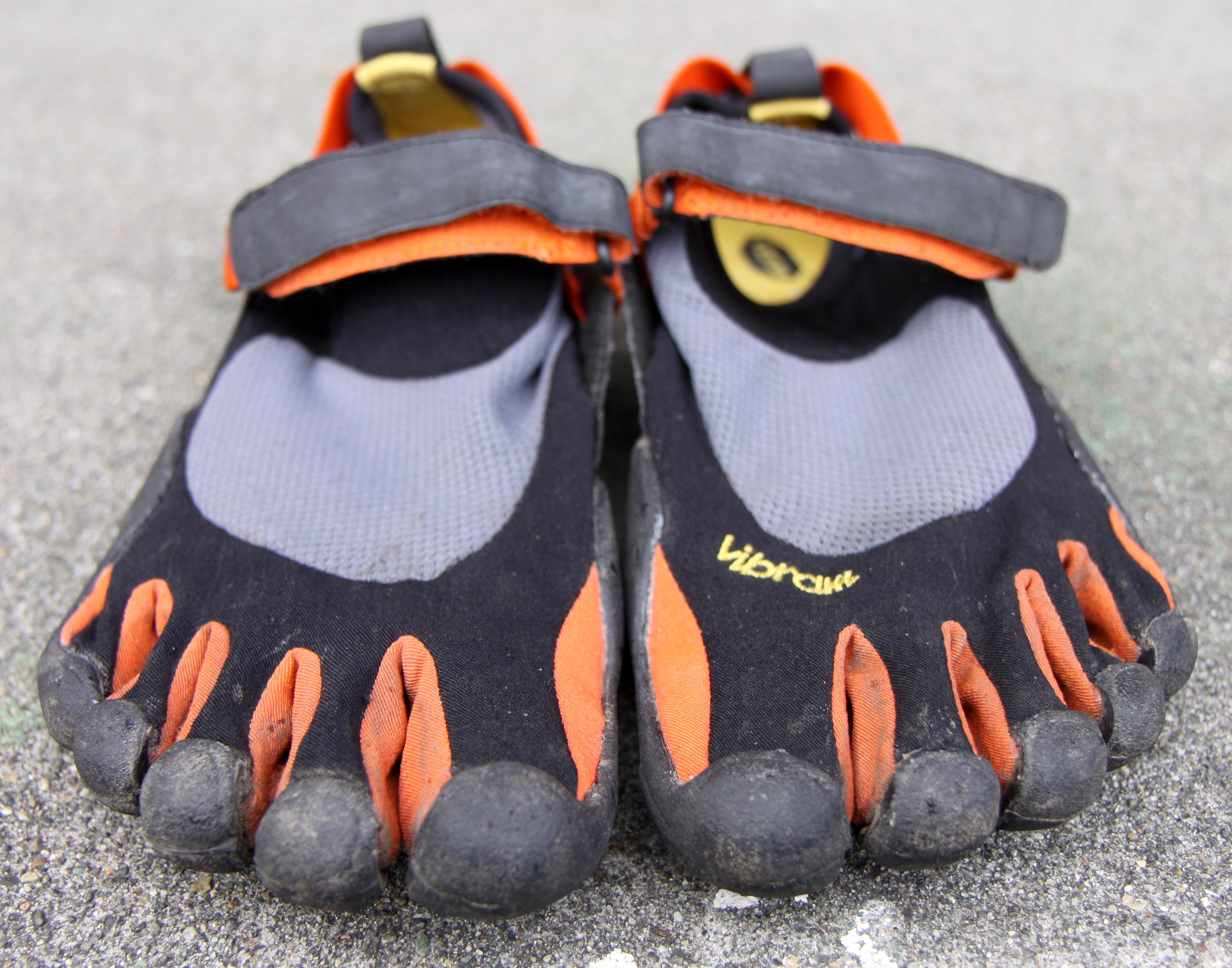 vibram flat feet